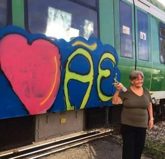 Peores-Graffitis-Del-Mundo-El-V-Elemento